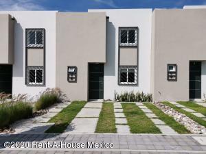 Casa En Ventaen Queretaro, San Miguelito, Mexico, MX RAH: 21-127
