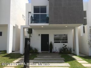 Casa En Ventaen Queretaro, El Refugio, Mexico, MX RAH: 21-153
