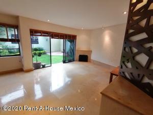 Casa En Ventaen Huixquilucan, Lomas De Las Palmas, Mexico, MX RAH: 21-169