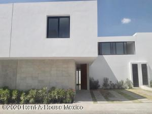 Casa En Rentaen Queretaro, Altos De Juriquilla, Mexico, MX RAH: 21-180