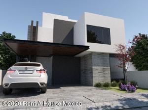 Casa En Ventaen El Marques, Zibata, Mexico, MX RAH: 21-217