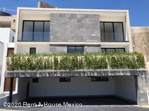 Departamento En Ventaen Huixquilucan, Bosque Real, Mexico, MX RAH: 21-238