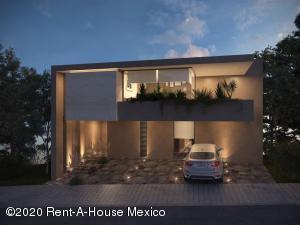 Casa En Ventaen Huixquilucan, Bosque Real, Mexico, MX RAH: 21-239
