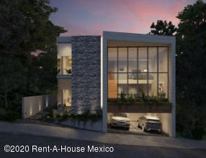 Casa En Ventaen Huixquilucan, Bosque Real, Mexico, MX RAH: 21-243