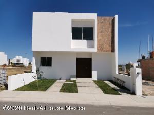 Casa En Ventaen Queretaro, El Mirador, Mexico, MX RAH: 21-293