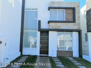 Casa En Ventaen Queretaro, Juriquilla, Mexico, MX RAH: 21-297