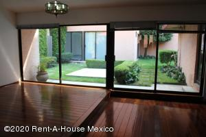 Casa En Ventaen Huixquilucan, Bosques De La Herradura, Mexico, MX RAH: 21-354