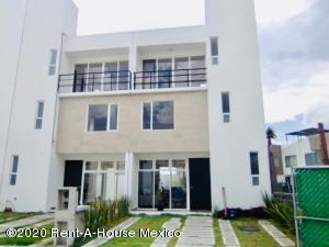 Casa En Ventaen Pachuca De Soto, San Antonio El Desmonte, Mexico, MX RAH: 21-360