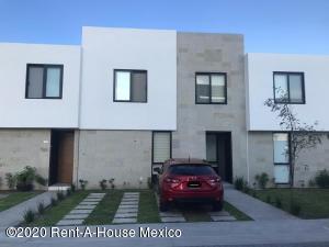 Casa En Rentaen Queretaro, Altos De Juriquilla, Mexico, MX RAH: 21-373
