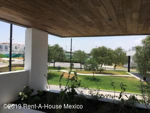 Departamento En Ventaen Corregidora, El Condado, Mexico, MX RAH: 21-387