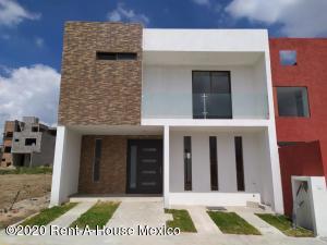 Casa En Ventaen Mineral De La Reforma, El Portezuelo, Mexico, MX RAH: 21-406