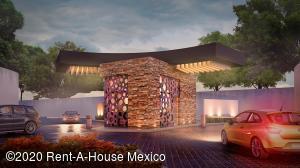 Terreno En Ventaen Pachuca De Soto, Zona Plateada, Mexico, MX RAH: 21-409