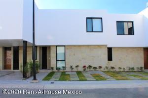 Casa En Rentaen El Marques, Zibata, Mexico, MX RAH: 21-430