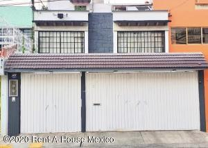 Casa En Ventaen Gustavo Madero, Residencial La Escalera, Mexico, MX RAH: 21-432