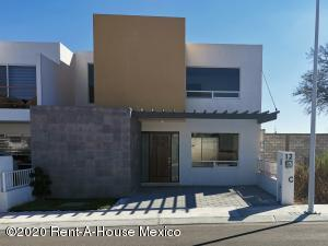 Casa En Ventaen Queretaro, El Mirador, Mexico, MX RAH: 21-479