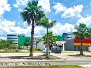 Terreno En Ventaen Merida, Real Montejo, Mexico, MX RAH: 21-480