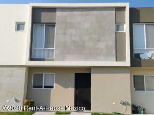 Casa En Rentaen El Marques, Zakia, Mexico, MX RAH: 21-483