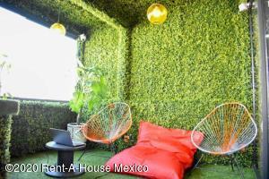 Oficina En Rentaen Naucalpan De Juarez, Ciudad Satelite, Mexico, MX RAH: 21-495