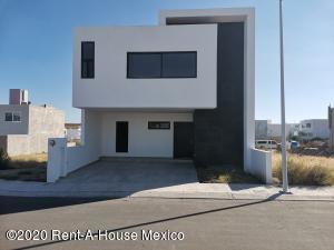 Casa En Ventaen Queretaro, El Mirador, Mexico, MX RAH: 21-498