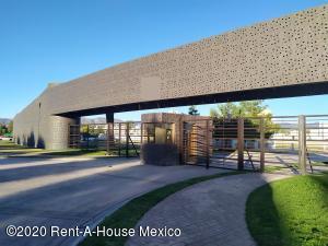 Terreno En Ventaen Pachuca De Soto, Blvd Ramon G Bonfil, Mexico, MX RAH: 21-519