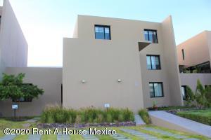 Departamento En Rentaen El Marques, Zibata, Mexico, MX RAH: 21-389