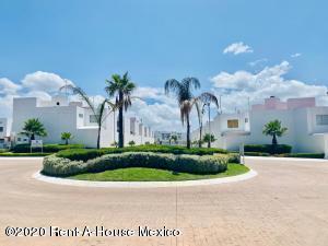 Casa En Ventaen Pachuca De Soto, Valle Del Sol, Mexico, MX RAH: 21-716