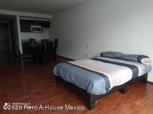 Departamento En Rentaen Huixquilucan, Bosques De Las Palmas, Mexico, MX RAH: 21-725