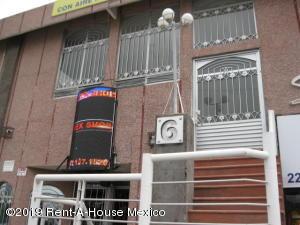 Bodega En Ventaen Queretaro, Ciudad Del Sol, Mexico, MX RAH: 21-761