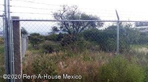 Terreno En Ventaen El Marques, Lomas Del Marques, Mexico, MX RAH: 21-809