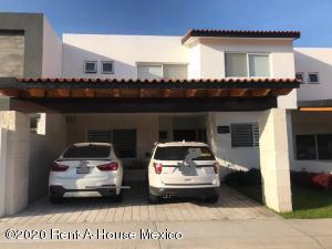 Casa En Ventaen Queretaro, Lomas De Juriquilla, Mexico, MX RAH: 21-858