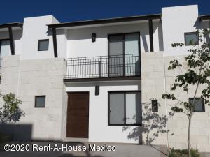 Casa En Rentaen Queretaro, El Refugio, Mexico, MX RAH: 21-826
