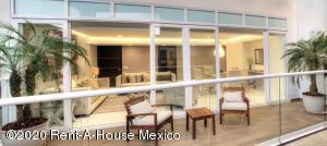Departamento En Ventaen Huixquilucan, Bosque Real, Mexico, MX RAH: 21-564