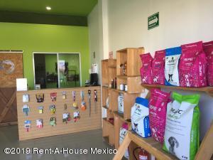 Bodega En Ventaen El Marques, Rincones Del Marques, Mexico, MX RAH: 21-954