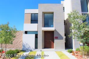 Casa En Ventaen Queretaro, Altos De Juriquilla, Mexico, MX RAH: 21-992