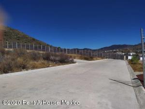 Terreno En Ventaen Mineral De La Reforma, Pachuquilla, Mexico, MX RAH: 21-1000