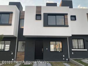 Casa En Rentaen El Marques, Zakia, Mexico, MX RAH: 21-1024