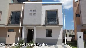 Casa En Ventaen San Miguel Allende, Zirandaro, Mexico, MX RAH: 21-1128