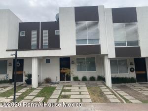 Casa En Rentaen Queretaro, El Mirador, Mexico, MX RAH: 21-1129