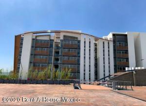 Departamento En Ventaen Queretaro, Juriquilla, Mexico, MX RAH: 21-1136