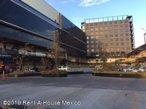Oficina En Ventaen Queretaro, Centro, Mexico, MX RAH: 21-1138