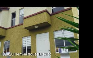 Casa En Ventaen Tecamac, La Palma, Mexico, MX RAH: 21-1139