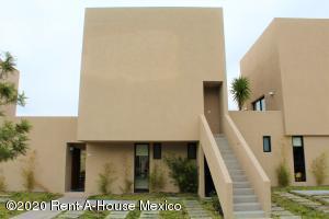 Departamento En Ventaen El Marques, Zakia, Mexico, MX RAH: 21-1228