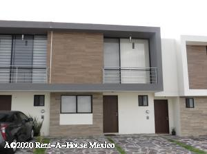 Casa En Ventaen Queretaro, El Refugio, Mexico, MX RAH: 21-1300