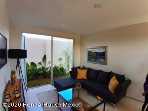 Casa En Ventaen San Mateo Atenco, San Francisco, Mexico, MX RAH: 21-1333