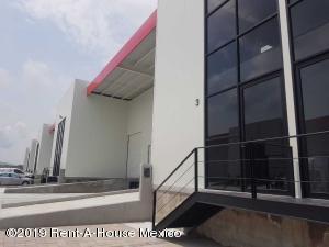 Nave Industrial En Ventaen Corregidora, Los Angeles, Mexico, MX RAH: 21-1390