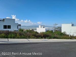 Terreno En Ventaen El Marques, Zibata, Mexico, MX RAH: 21-1399