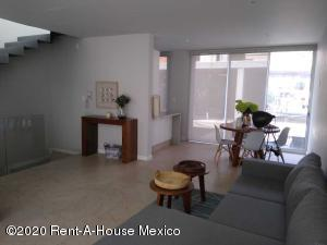 Casa En Rentaen Cuajimalpa De Morelos, Cuajimalpa, Mexico, MX RAH: 21-1416
