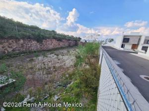 Terreno En Ventaen El Marques, Zibata, Mexico, MX RAH: 21-1429