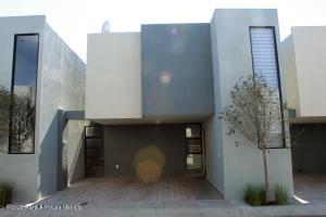 Casa En Ventaen El Marques, Zakia, Mexico, MX RAH: 21-1437