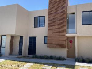 Casa En Rentaen El Marques, Zakia, Mexico, MX RAH: 21-1572